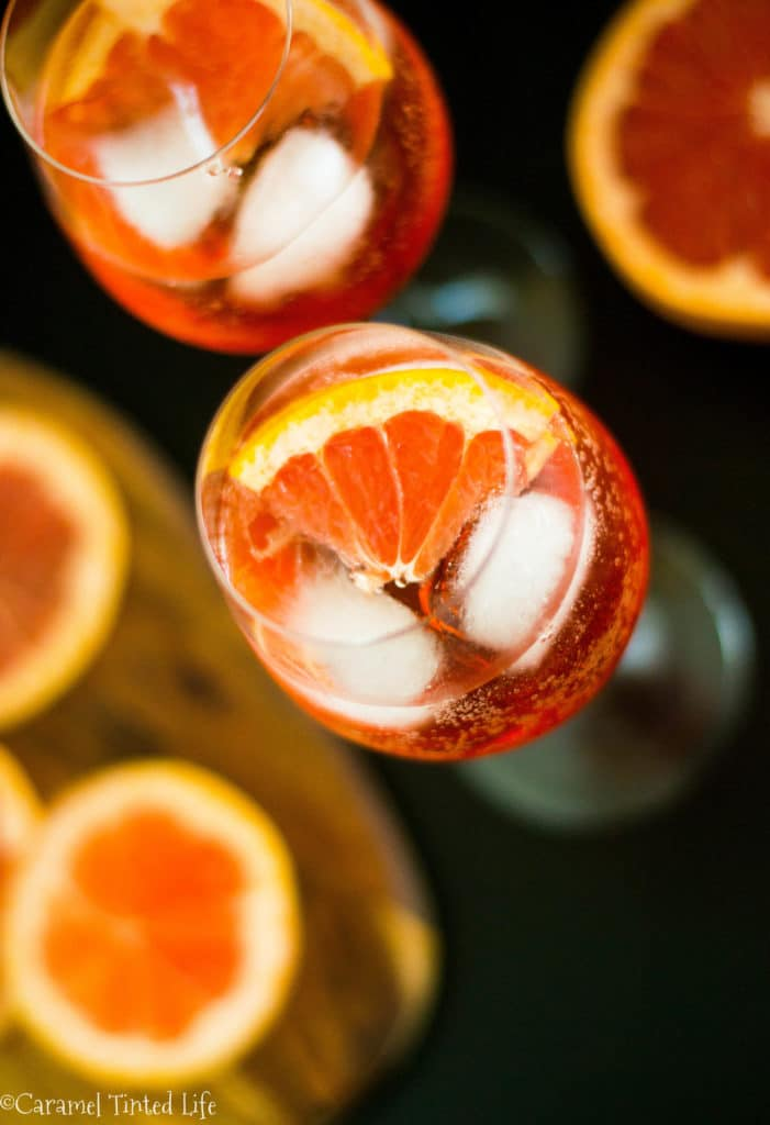 Aperol Spritz with lime and cava