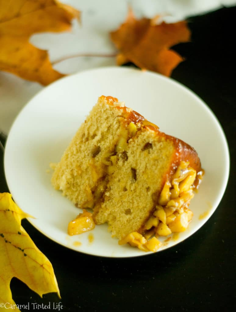 Date and Apple cake with caramel