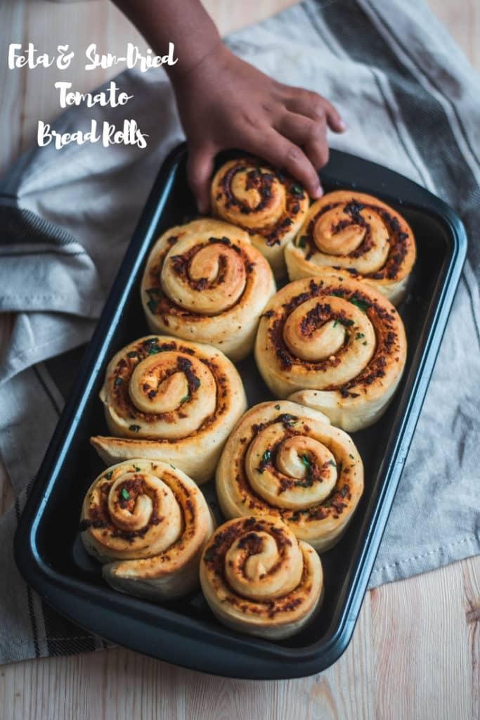 Feta and sun-dried tomato bread rolls