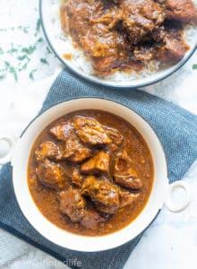Pork vindaloo with rice