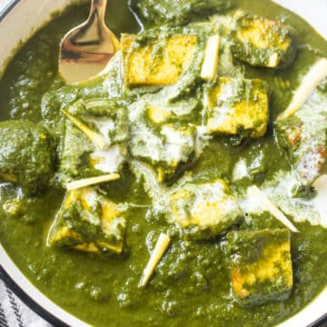 Close up view of saag paneer in a bowl