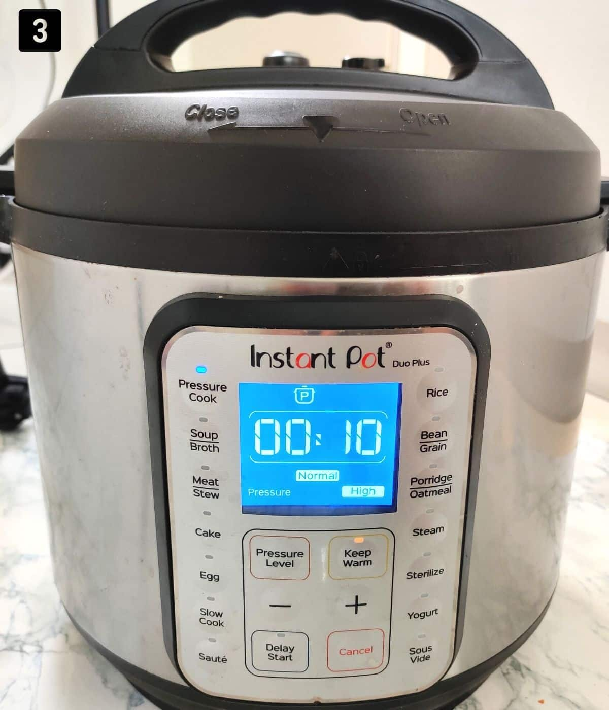 Instant Pot Pressuring cooking for 10 minutes