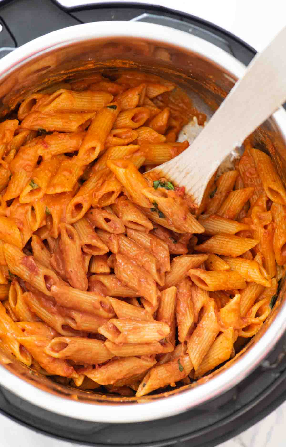 Penne in creamy tomato sauce in the Instant Pot
