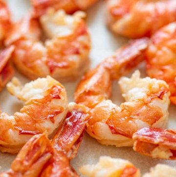 Cooked shrimp with tal on